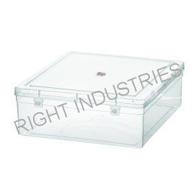 plastic container manufacturer